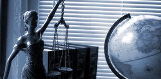 אל תעשו את זה לבד: למה אתם חייבים עורך דין?